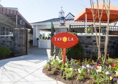 Entrance-to-Tavola