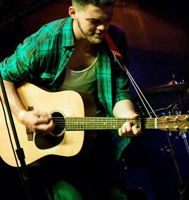 Live Music by Tom Curtis Jr.