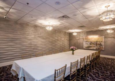 Eagle-Room-Table